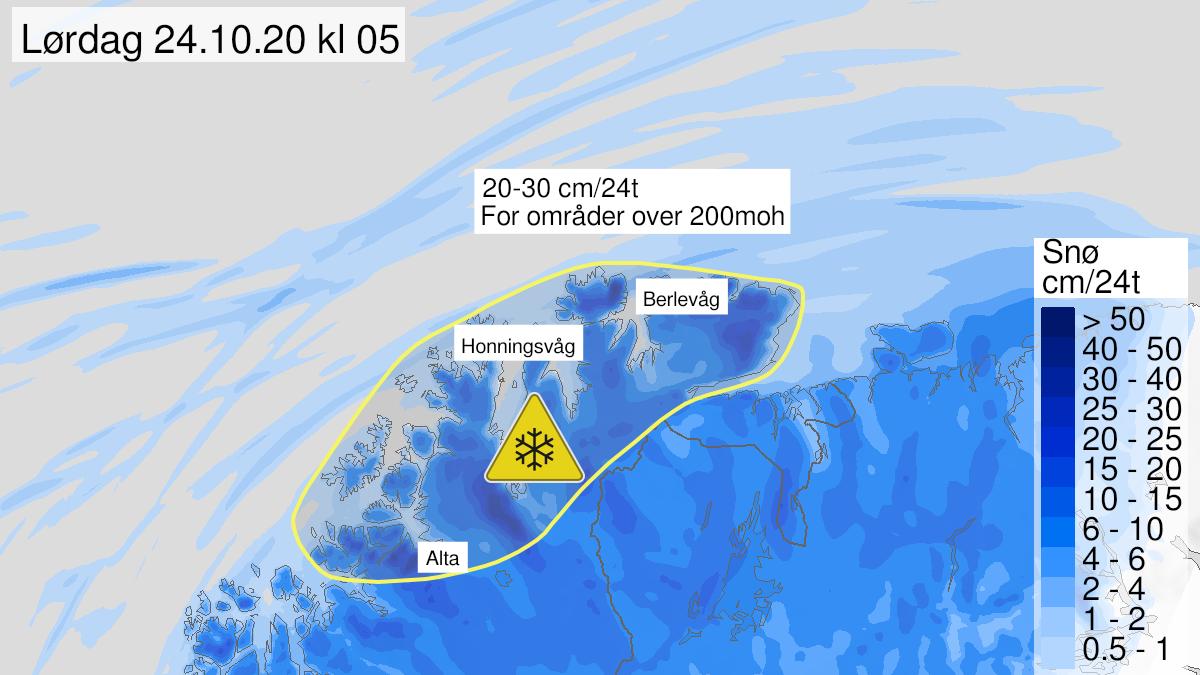 Kart over snø, gult nivå, Kyst- og fjordstrøkene i Finnmark, 23 October 00:00 UTC til 24 October 12:00 UTC.