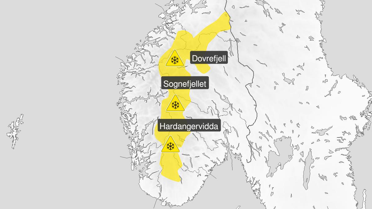 Kart over kraftig snøfokk, gult nivå, Fjellet i Sør-Norge, 15 October 00:00 UTC til 16 October 12:00 UTC.