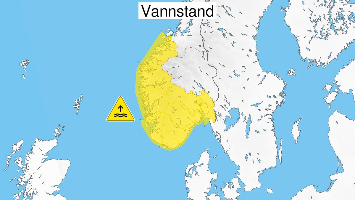 Map of high water level, yellow level, Vestlandet, 01 November 21:00 UTC to 02 November 13:00 UTC.