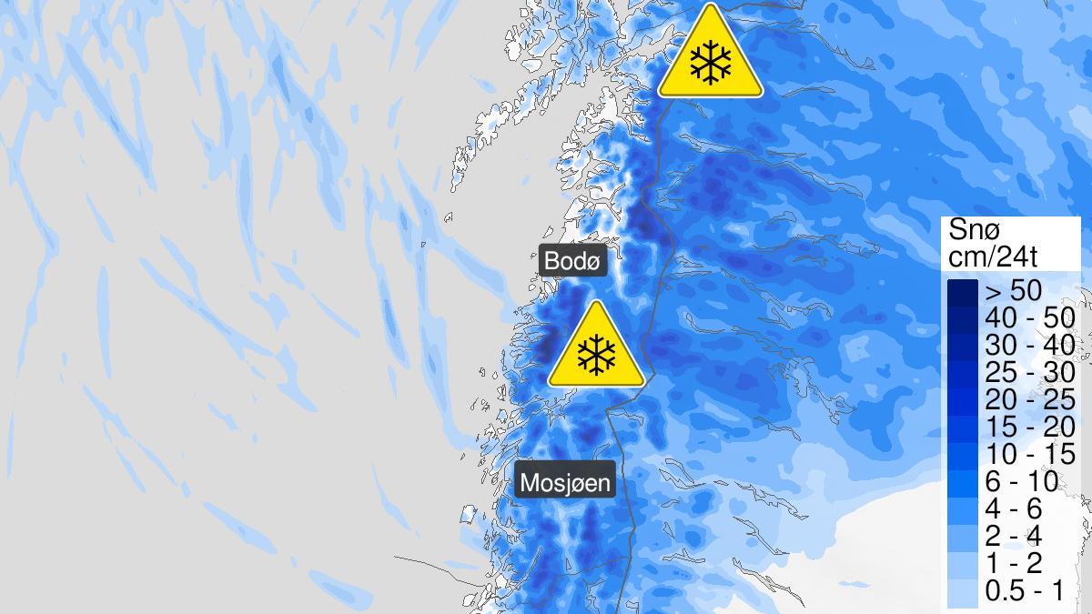 Map of snow, yellow level, Helgeland, Saltfjellet, Salten and Ofoten, 17 October 00:00 UTC to 17 October 22:00 UTC.
