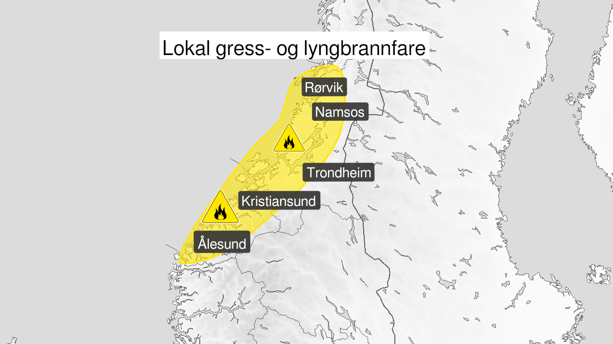 Map of forest fire danger, yellow level, Moere and Romsdal, 12 May 09:00 UTC to 15 May 22:00 UTC.