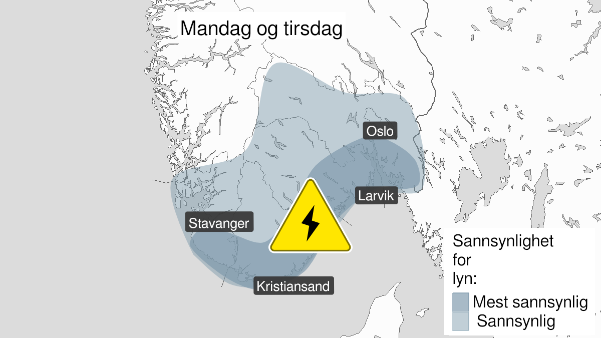 Map of frequent lightning ongoing, yellow level, Oestfold, Akershus, Oslo, Buskerud, Vestfold, Telemark, Aust-Agder, Vest-Agder and Rogaland, 26 July 14:00 UTC to 27 July 22:00 UTC.