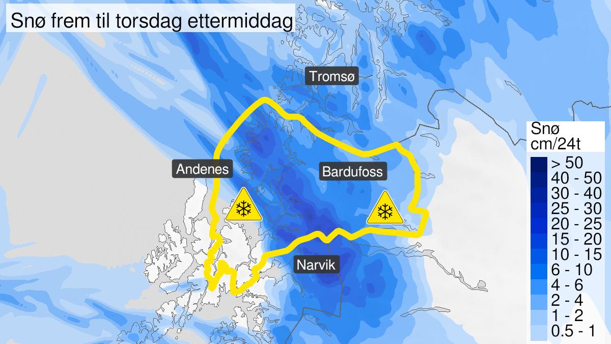 Map of snow, yellow level, Sør-Troms, 10 February 06:00 UTC to 11 February 12:00 UTC.