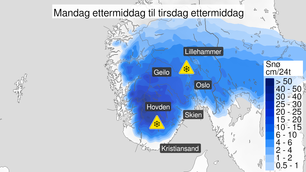 Map of snow, yellow level, Østfold, Oslo, Akershus, Buskerud, Oppland og Hedmark, 20 October 06:00 UTC to 21 October 02:00 UTC.