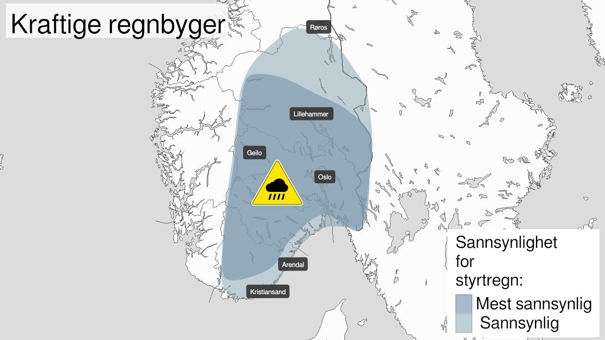 Kart over styrtregn, gult nivå, Østafjells, 26 July 10:00 UTC til 27 July 22:00 UTC.