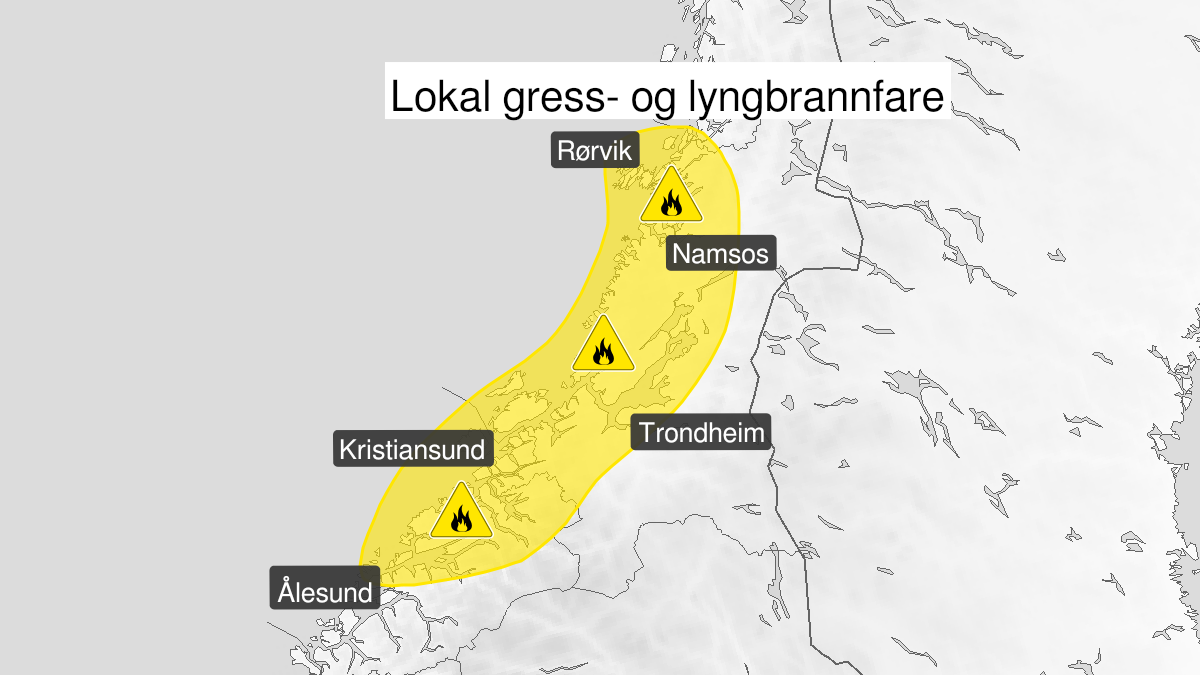 Map of forest fire danger expected, yellow level, Moere and Romsdal and Troendelag, 05 May 09:00 UTC to 07 May 22:00 UTC.