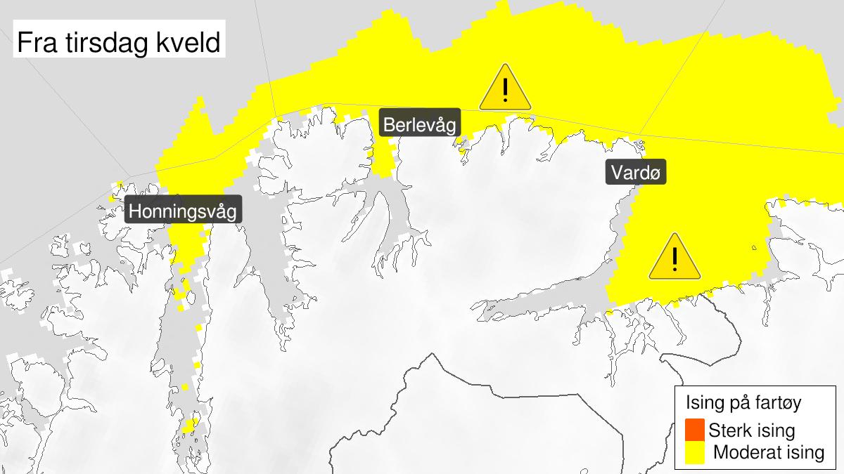 Kart over moderat ising på skip, gult nivå, Kyst- og fjordstrøkene i Finnmark, 09 March 21:00 UTC til 10 March 18:00 UTC.