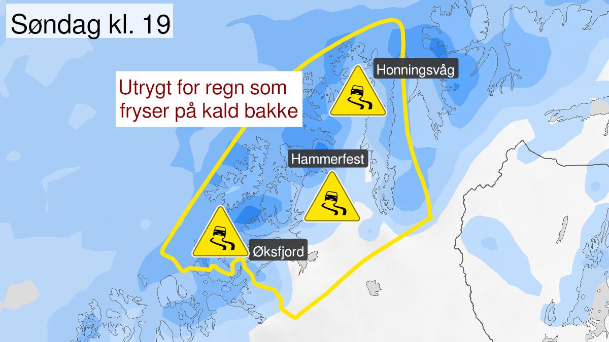 Kart over is, gult nivå, Kyst- og fjordstrøkene i Vest-Finnmark, 17 January 09:00 UTC til 17 January 21:00 UTC.